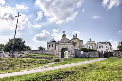 The Holy Cross Monastery/ photogenica.pl